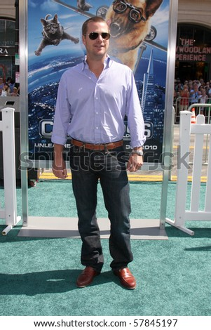 LOS ANGELES - JUL 25:  Chris O\'Donnell arrives at  the \