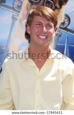 LOS ANGELES - JUL 25:  Jack McBrayer arrives at  the \