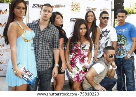 LOS ANGELES - JUL 11:  Jersey Shore Cast: Jenni JWoww Farley, Vinny Guadagnino at the KIIS-FM 'Now 34 And The Jersey Shore' party held at Hollywood Tower, Los Angeles, California on July 11, 2011.