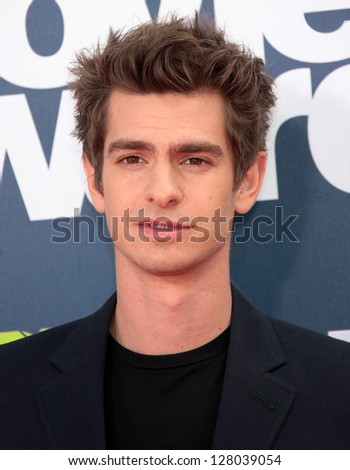 LOS ANGELES - JUN 05:  ANDREW GARFIELD arriving to MTV Movie Awards 2011  on June 05, 2011 in Hollywood, CA