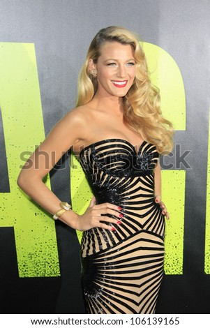 LOS ANGELES - JUN 25: Blake Lively at the premiere of Universal Pictures' 'Savages' at Westwood Village on June 25, 2012 in Los Angeles, California
