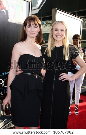 "LOS ANGELES - JUN 20: Emily Mortimer, Alison Pill at HBO's ""The Newsroom"" LA Premiere at Cinerama Dome Theater on June 20, 2012 in Los Angeles, California"