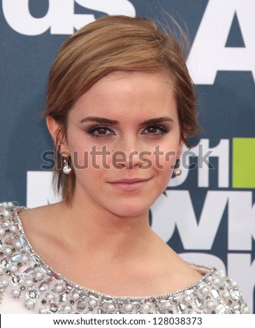 LOS ANGELES - JUN 05:  EMMA WATSON arriving to MTV Movie Awards 2011  on June 05, 2011 in Hollywood, CA