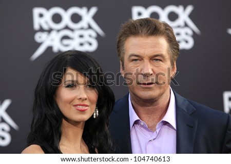 LOS ANGELES - JUN 8: Hilaria Thomas, Alec Baldwin at the 'Rock of Ages' Los Angeles premiere held at Grauman's Chinese Theater on June 8, 2012 in Los Angeles, California