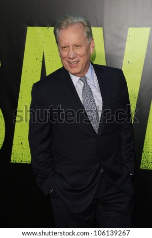 LOS ANGELES - JUN 25: James Woods at the premiere of Universal Pictures' 'Savages' at Westwood Village on June 25, 2012 in Los Angeles, California