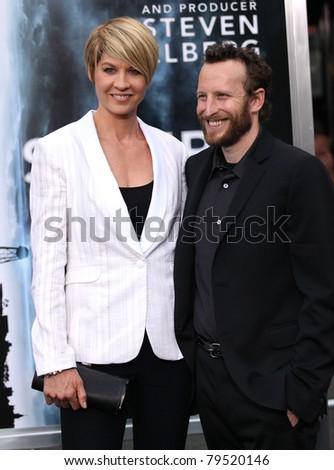 Los Angeles Jun 08 Jenna Bodhi Elfman Arrives To The Super 8