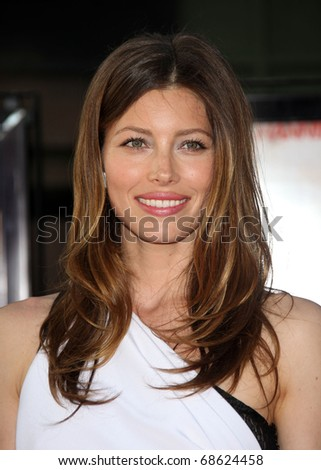"""LOS ANGELES - JUN 03:  Jessica Biel arrives to """"The A-Team"""" Los Angeles Premiere on June 3, 2010 in Hollywood, CA"""