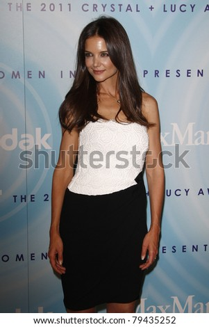 LOS ANGELES - JUN 16:  Katie Holmes arriving at the 2011 Women In Film Crystal + Lucy Awards  at Beverly Hilton Hotel  on June 16, 2011 in Beverly Hills, CA