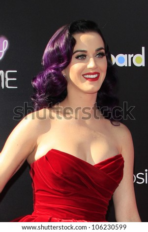 "LOS ANGELES - JUN 26:  Katy Perry arrives at the ""Katy Perry: Part Of Me"" Premiere at Graumans Chinese Theater on June 26, 2012 in Los Angeles, CA"