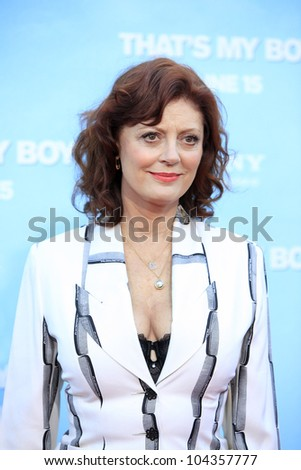LOS  ANGELES- JUN 4: Susan Sarandon at the premiere of Columbia Pictures' 'That's My Boy' at the Regency Village Theater on June 4, 2012 in Los Angeles, California