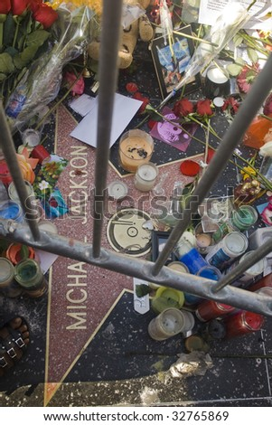 LOS ANGELES - JUNE 27: Michael Jackson's star on the Hollywood Walk of Fame as fans gather to remember the artist and leave messages to say goodbye following his death on June 25, 2009.