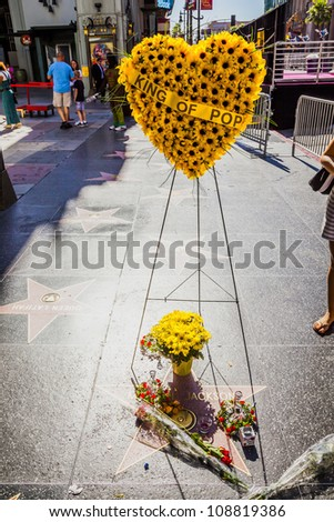 LOS ANGELES - JUNE 26: Michael Jackson's star on the Hollywood Walk of Fame as fans  remember the artist and leave messages to say goodbye on June 26, 2012 in Los Angeles.