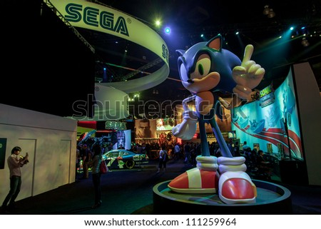 LOS ANGELES - JUNE 8: Sega's Sonic giant statue during E3 2012, world video games Expo June 8, 2012 in Los Angeles, CA