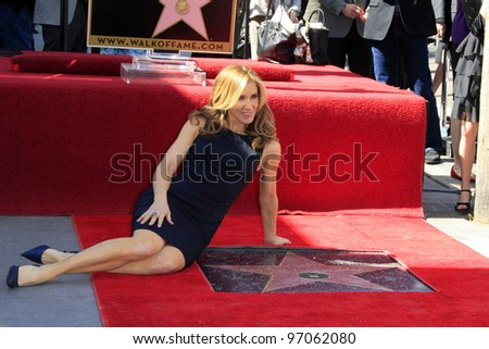 LOS ANGELES - MAR 7:  Felicity Huffman at the Ceremony honoring William H. Macy and Felicity Huffman with their Hollywood Walk Of Fame Stars at 7060 Hollywood Blvd. on March 7, 2012 in Los Angeles, CA