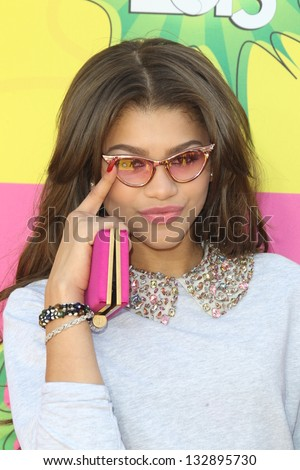 LOS ANGELES - MAR 23:  Zendaya Coleman arrives at Nickelodeon's 26th Annual Kids' Choice Awards at the USC Galen Center on March 23, 2013 in Los Angeles, CA