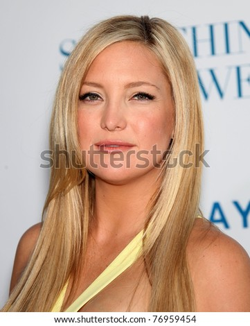 """LOS ANGELES - MAY 03:  Kate Hudson arrives to the """"Something Borrowed"""" World Premiere  on May 03,2011 in Hollywood, CA"""