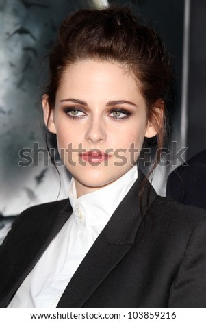 LOS ANGELES - MAY 29:  Kristen Stewart arrives at the 'Snow White And The Huntsman' Los Angeles screening at Village Theater on May 29, 2012 in Westwood, CA
