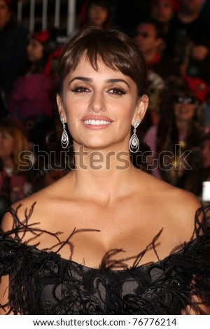 """LOS ANGELES - MAY 7: Penelope Cruz arriving at the """"Pirates of The Caribbean: On Stranger Tides"""" World Premiere at Disneyland on May 7, 2011 in Anaheim, CA"""