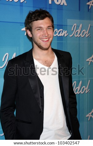 "LOS ANGELES - MAY 23:  Phillip Phillips -  Winner of Season 11 American Idol in the Press Room of the ""American Idol 2012"" Finale at Nokia Theater on May 23, 2012 in Los Angeles, CA"