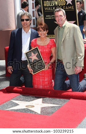 LOS ANGELES - MAY 22: Ray Romano, Patricia Heaton, Neil Flynn at a ceremony honoring Patricia Heaton with a Star on The Hollywood Walk of Fame on May 22, 2012 in Los Angeles, California