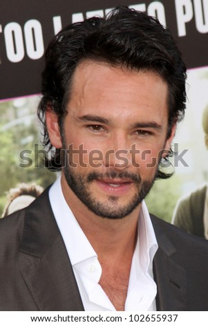 "LOS ANGELES - MAY 14:  Rodrigo Santoro arrives at the ""What To Expect When You're Expecting"" Premiere at Graumans Chinese Theater on May 14, 2012 in Los Angeles, CA"