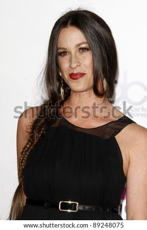 LOS ANGELES - NOV 20:  Alanis Morissette arrives at the 2011 American Music Awards at Nokia Theater on November 20, 2011 in Los Angeles, CA