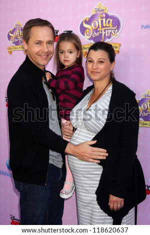 "LOS ANGELES - NOV 10:  Chad Lowe, family arrives at the ""Sofia The First: Once Upon a Princess"" Premiere And Story Book Launch at Walt Disney Studios on November 10, 2012 in Burbank, CA"