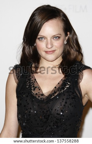 LOS ANGELES - NOV 5: Elisabeth Moss at the LACMA Art + Film Gala on November 5, 2011 in Los Angeles, California