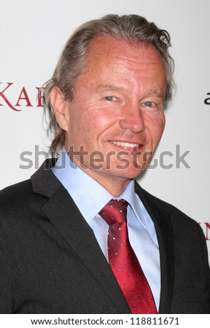 LOS ANGELES - NOV 14:  John Savage arrives to the 'Anna Karenina' Los Angeles Premiere at ArcLight Hollywood on November 14, 2012 in Los Angeles, CA