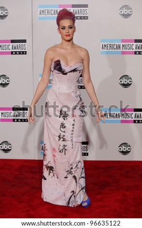 LOS ANGELES - NOV 20:  Katy Perry arrives to the American Music Awards 2011  on November 20, 2011 in Los Angeles, CA