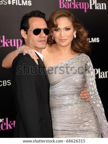 LOS ANGELES - NOV 21:  Marc Anthony & Jennifer Lopez arrives to the The Back-Up Plan' Los Angeles Premiere on November 21, 2010 in Westwood, CA