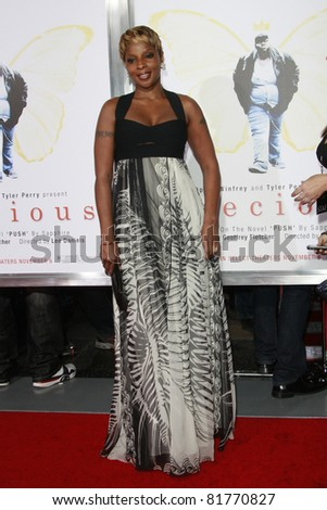 LOS ANGELES - NOV 1: Mary J Blige at the screening of \'Precious: Based On The Novel \'PUSH\' By Sapphire\' during AFI FEST 2009 in Los Angeles, California on November 1, 2009