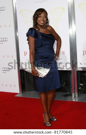 LOS ANGELES - NOV 1: Star Jones at the screening of \'Precious: Based On The Novel \'PUSH\' By Sapphire\' during AFI FEST 2009 held at the Grauman\'s Chinese Theatre in Los Angeles, CA on November 1, 2009