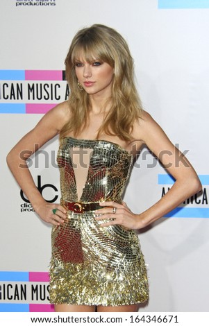 LOS ANGELES - NOV 24: Taylor Swift at the 2013 American Music Awards at Nokia Theater L.A. Live on November 24, 2013 in Los Angeles, California