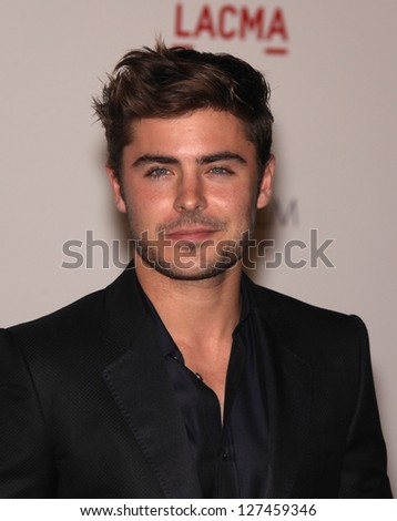 LOS ANGELES - NOV 5:  ZAC EFRON arriving to LACMA hosts Art + Film Gala 2011  on November 5, 2011 in Los Angeles, CA