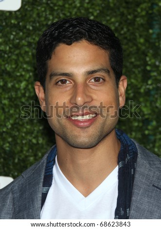 LOS ANGELES - OCT 11:  Adam Rodriguez arrives to the Summer Press Tour 2010-CBS CW Showtime on October 11, 2010 in Beverly Hills, CA