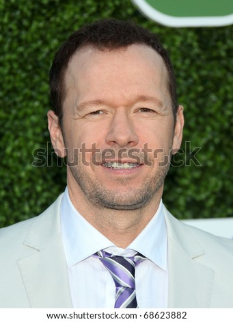 LOS ANGELES - OCT 11:  Donnie Wahlberg arrives to the Summer Press Tour 2010-CBS CW Showtime on October 11, 2010 in Beverly Hills, CA