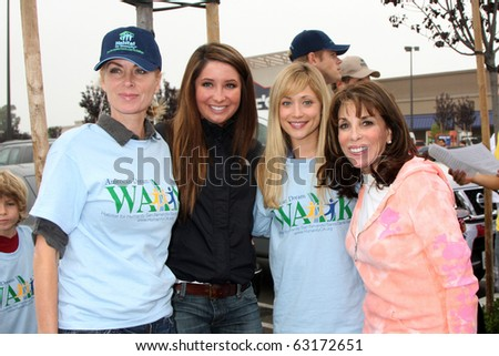 """LOS ANGELES - OCT 16:  Eileen Davidson, Bristol Palin, Marcy Rylan, Kate Linder at the Habitat for Humanity """"American Dream Walk""""  at Pacoima Plaza on October 16, 2010 in Pacoima, CA"""