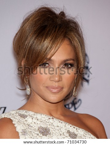 LOS ANGELES - OCT 23:  JENNIFER LOPEZ arrive to the Carousel of Hope 2010  on October 23,2010 in Beverly Hills, CA