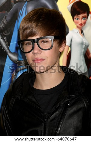"""LOS ANGELES - OCT 30:  Justin Bieber arrives at the """"Megamind"""" LA Premiere & Halloween Extravaganza at Mann's Chinese Theater on October 30, 2010 in Los Angeles, CA"""
