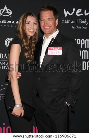 """LOS ANGELES - OCT 26:  Michael Weatherly arrives at """"The Pink Party '12"""" at Hanger 8 on October 26, 2012 in Santa Monica, CA"""