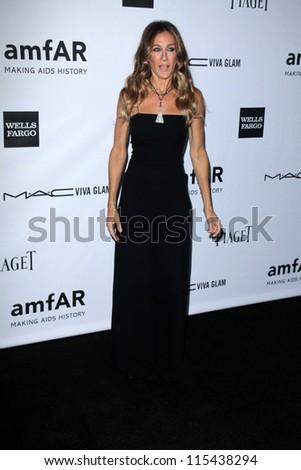 LOS ANGELES - OCT 11:  Sarah Jessica Parker arrives at the amfAR Inspiration Gala Los Angeles at Milk Studios on October 11, 2012 in Los Angeles, CA