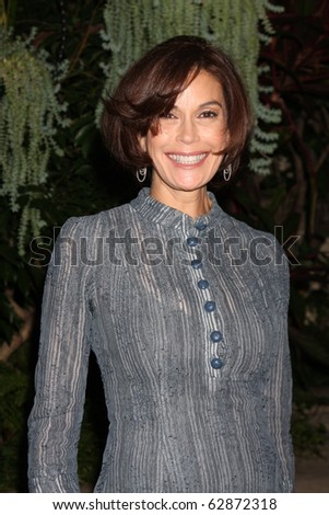 """LOS ANGELES - OCT 11:  Teri Hatcher arrives at the 1st Global Creative Forum  """"Evening of Entertainment"""" . at Four Seasons Hotel Beverly Hills on October 11, 2010 in Los Angeles, CA - stock photo"""