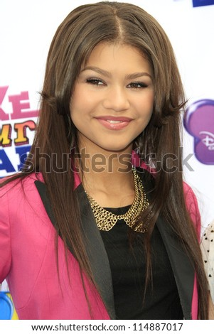LOS ANGELES - OCT 6: Zendaya Coleman at the 'Make Your Mark: Shake It Up Dance Off 2012' at LA Center Studios on October 6, 2012 in Los Angeles, California