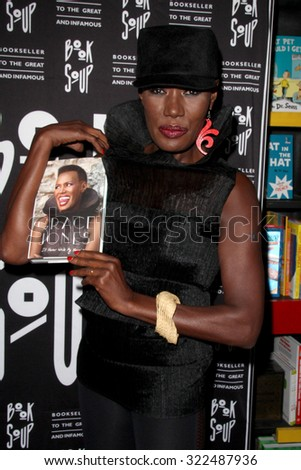 LOS ANGELES - SEP 29:  Grace Jones at the Grace Jones signs \'I\'ll Never Write My Memoirs\' at the Book Soup on September 29, 2015 in West Hollywood, CA