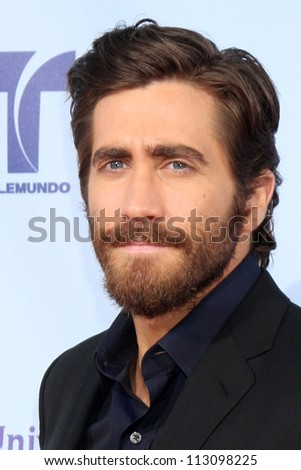 LOS ANGELES - SEP 16:  Jake Gyllenhaal arrives at the 2012 ALMA Awards at Pasadena Civic Auditorium on September 16, 2012 in Pasadena, CA
