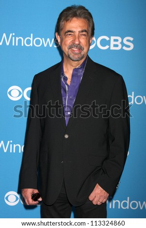LOS ANGELES - SEP 15:  Joe Mantegna arrives at the CBS 2012 Fall Premiere Party  at Greystone Manor on September 15, 2012 in Los Angeles, CA