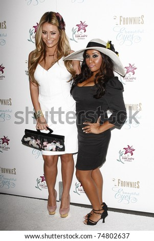 LOS ANGELES - SEP 27: Nicole Polizzi aka Snooki (R) and Aubrey O'Day arrive at the Hampton Chic Launch party for Frownies Beautiful Eyes on September 27, 2010 in Los Angeles, California.
