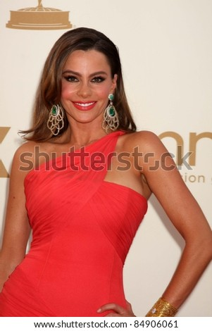 LOS ANGELES - SEP 18:  Sofia Vergara arriving at the 63rd Primetime Emmy Awards at Nokia Theater on September 18, 2011 in Los Angeles, CA