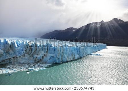 Shutterstock Los Glaciares National Park in Patagonia. Colossal Perito Moreno glacier in Lake Argentino. Sunny summer day